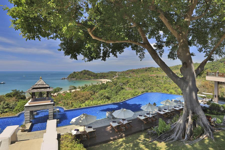 Pool at villa estate - web